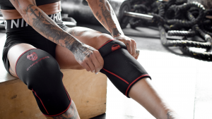 What are the benefits of powerlift knee stabilizer pads