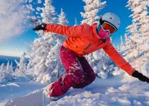 How to stay safe while skiing with snowboard knee pads